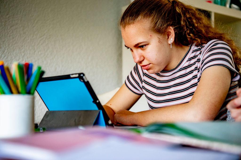 Miksi kannettavat tietokoneet eivät ole pystyneet korvaamaan pöytätietokoneita vielä vuoteen 2021 mennessä?